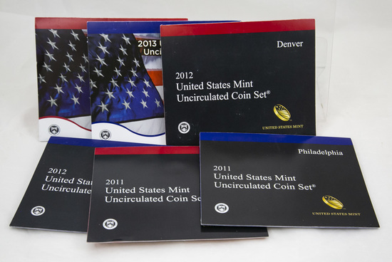 3 2010's U.S. Mint Uncirculated sets