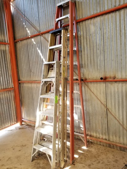 Lot of Ladders