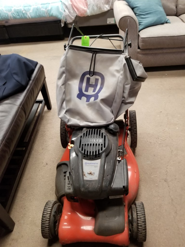 "Husqvarna Rotary Lawn Mower 21"""