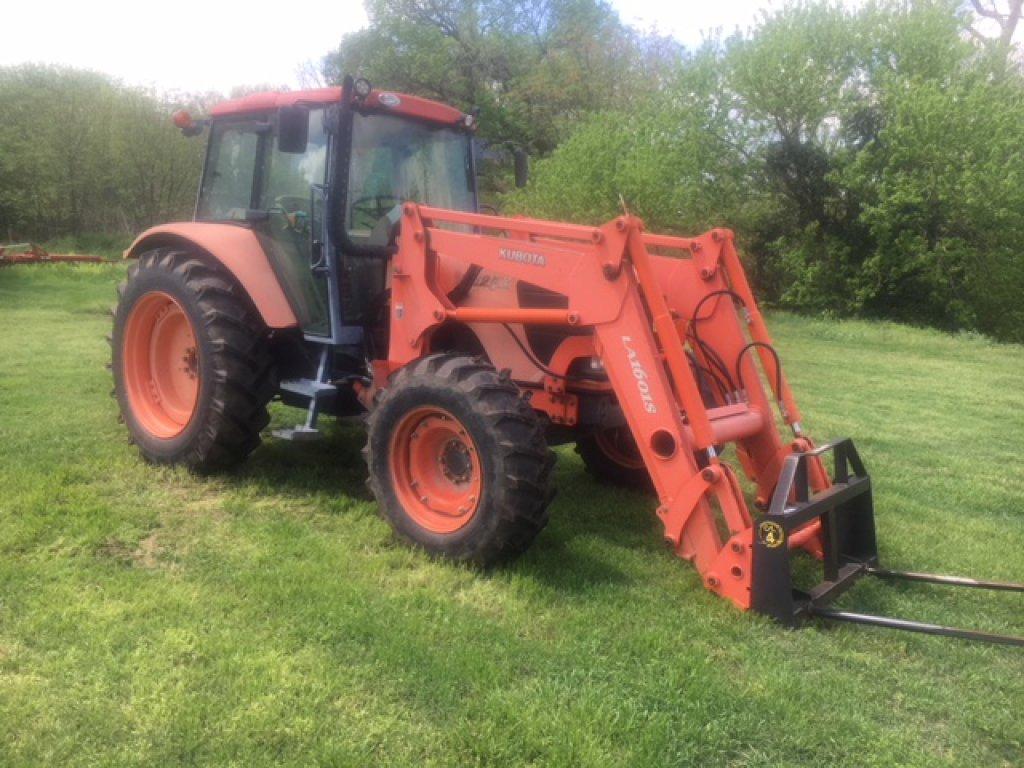 Kubota M125X Cab 4x4 Tractor