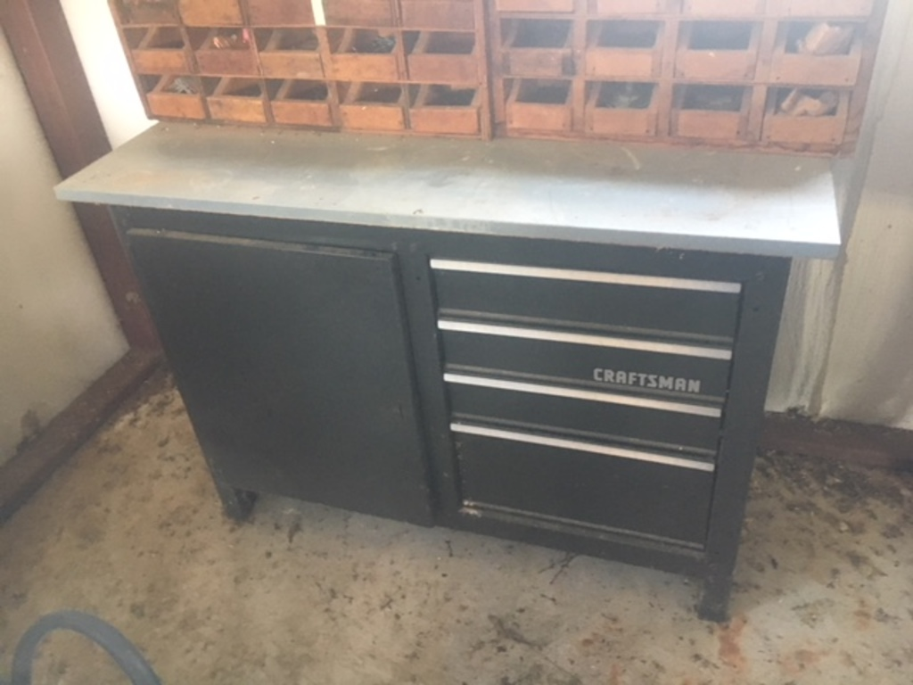 Incredible Lot Craftsman Toolbox Workbench Like New Proxibid Auctions Gmtry Best Dining Table And Chair Ideas Images Gmtryco