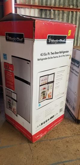 Magic Chef 4.3 Cu Ft Two Door Refrigerator