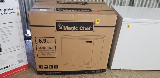 Magic Chef 6.9 Cu Ft Chest Freezer