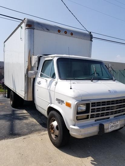 Box Truck 1992 Chevy Van 30 Inner City Box With Lift Gate