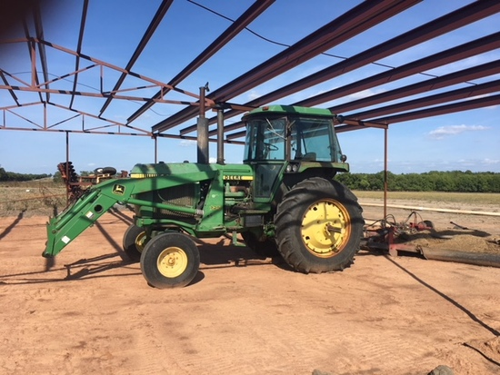 John Deere 4440 Cab Air Heat, Front End Loader With Bucket And Hay Fork