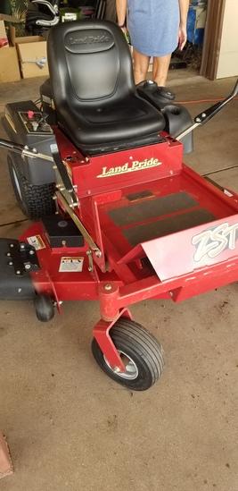 Kawaski Land Pride FR 6600 mower