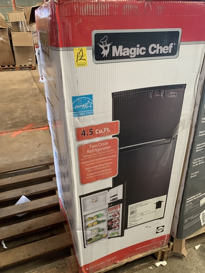 Magic Chef 4.5 Cu. Ft. 2-door Refrigerator