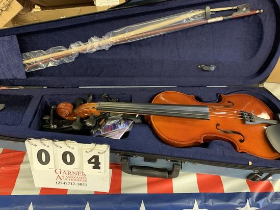 Easter Eva- 1 4/4 Full-size Natural Violin