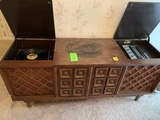 Morse Console Stereo With Record Player