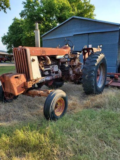 Model F806 International Tractor