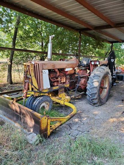 Model F806 International Tractor With Bush Hog Bh950 Backhoe And Box Blade