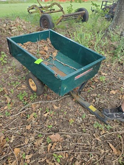 Ranch King Dump Cart