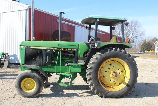 1987 John Deere 2955 Tractor