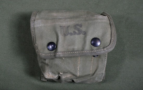 WWII U.S. M-2 first aid kit pouch - 1944