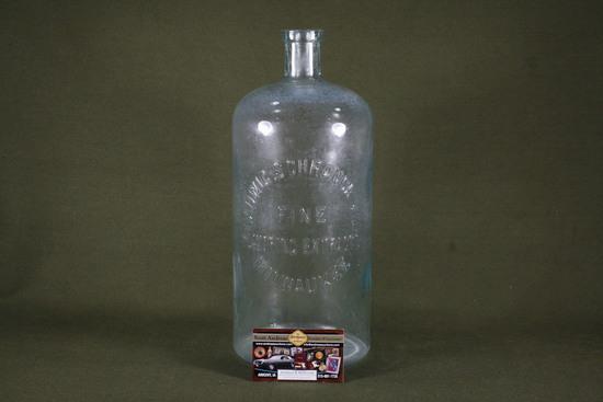 1800's Ladwig-Schrank Flavoring Extract bottle