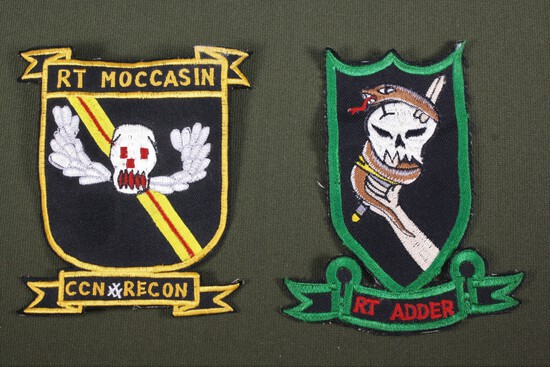 5th Special Forces Recon Team Patches (2)