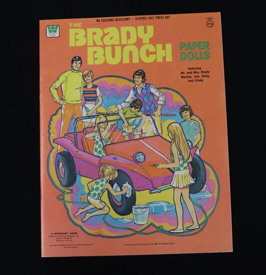 """1973 """"Brady Bunch"""" TV show paper dolls"""