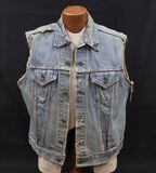 Vintage motorcycle club denim kutte vest.