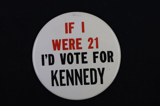 Rare 1960 Kennedy Large Presidential Pin