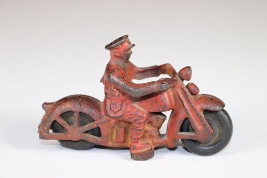 Antiques & Pop Culture Auction