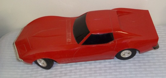 Nice 14 Eldon Battery Operated Red Corvette Sports Car 1968