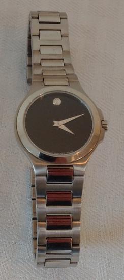 Swiss Movado Wrist Watch Black Museum Sapphire Crystal Ladies Womens