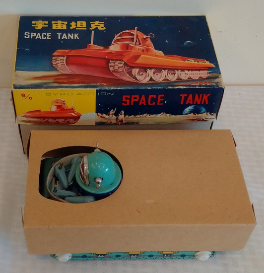 Vintage Metal Tin Toy Japan w/ Box Unplayed Gyro Action Space Tank Battery Op Works