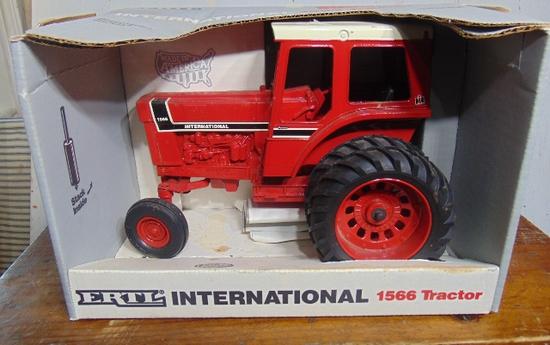 International 1566 Special Ed. Farm Toy Tractor, NIB, 1/16 Scale