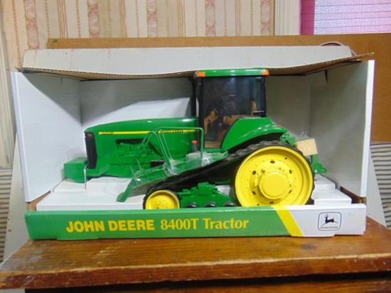 John Deere 8400T, NIB, 1/16 Scale