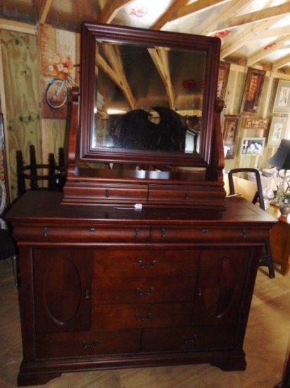 Vtg Large Dresser W/ Beveled Glass Swivel Mirror