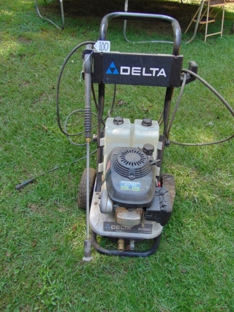 Delta D T 2400 C S Pressure Washer On Wheels W A 5 H P Honda Engine