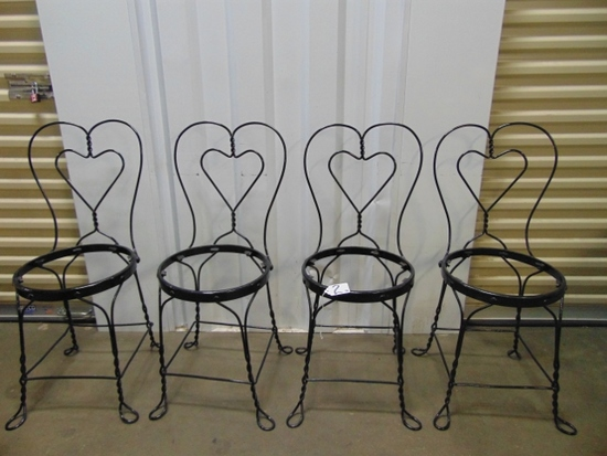 Set Of 4 Powder Coated Black French Bistro / Ice Cream Parlor Wrought Iron Chairs LOCAL PICK UP ONLY