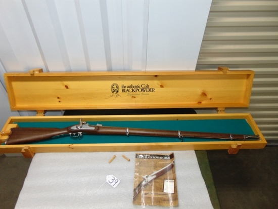 Reproduction Colt Model 1861 Special Musket W/ Wood Storage Box