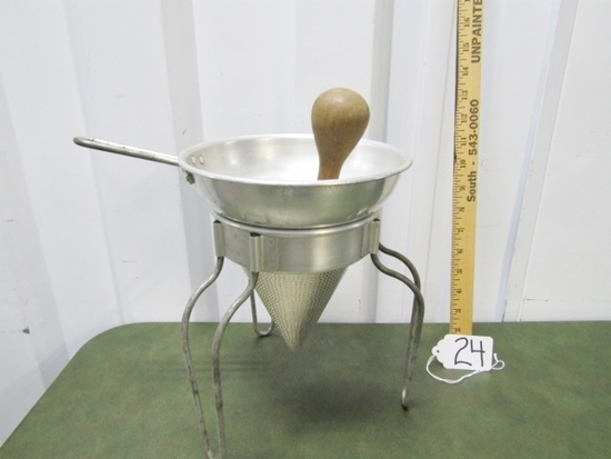 Very Nice Vtg Aluminum Cone Strainer W/ Wooden Pestle And Stand