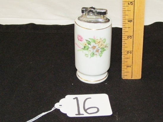 Vtg Porcelain Table Lighter