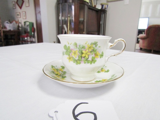 Vtg Queen Anne Bone China Cup And Saucer