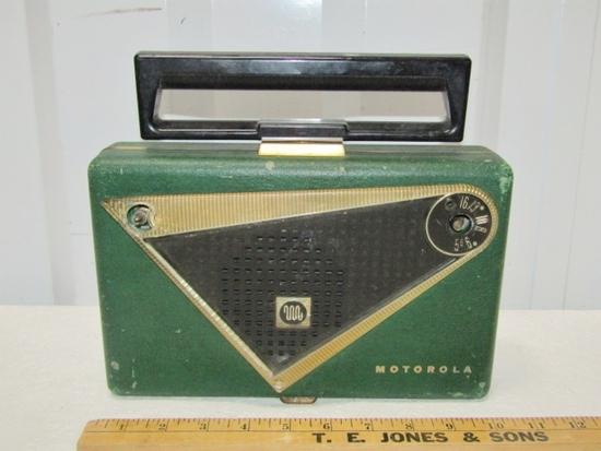 Vtg Motorola Tube Radio Model 55 L2 U