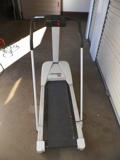 Lifestyler 1900 Treadmill W/ Incline Lift Assist | Auctions