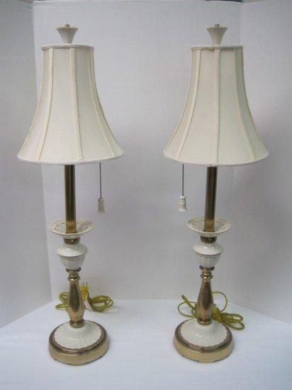 Pair Lenox Lighting By Quoizel Porcelain Br Banquet