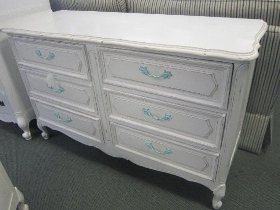 French Provincial Style White Wash 9 Drawer Dresser