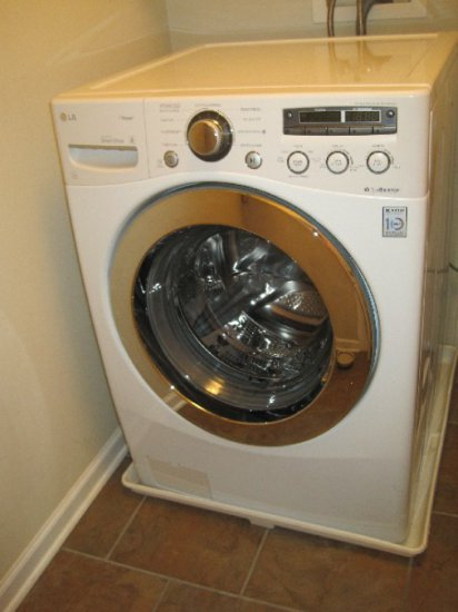 LG White Inverter Direct Drive Washer w/ Steam, True Balance, Front Load & Stainless Drum