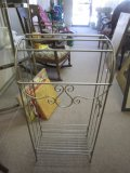 Metal Wire Towel/Clothes Rack w/ Scroll Design