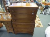 5 Drawer Dresser, Maple/Wood w/ Pulls