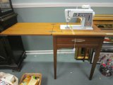 Singer Touch & Sew Sewing Machine w/ Wood Desk/Stand