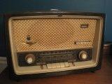 Grundig Majestic International Mighty Monarch of The Air Tub Radio Model 1088 USA
