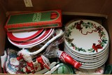 Christmas Lot - 8 Plates Wreath Design, Candles, Décor, Etc.