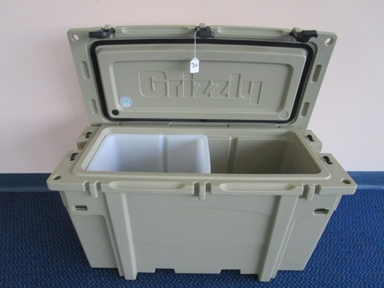 Grizzly Bad Boy Off-Road G50 50-Quart Cooler