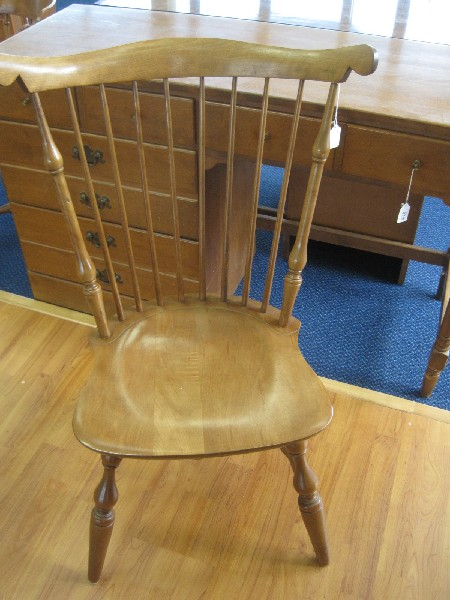 Nichols Stone Co Old Pine Windsor Fiddle Back Chair