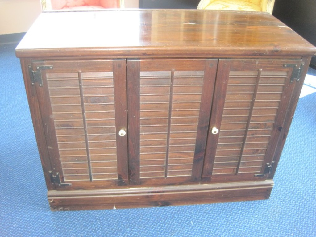 Retro Ethan Allen Knotty Pine Dark Stain Finish Stereo Cabinet W Hinged Top Louver