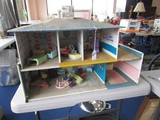 Metal Vintage Dolls House w/ Toy Furniture